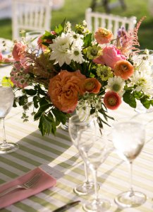 pink-and-orange-floral-wedding-centerpiece