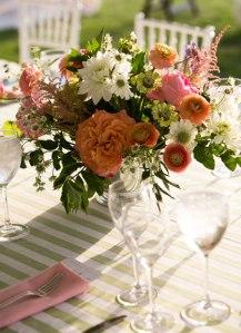 pink-and-orange-floral-wedding-centerpiece
